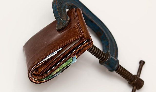 Four Ways To Prevent Overspending