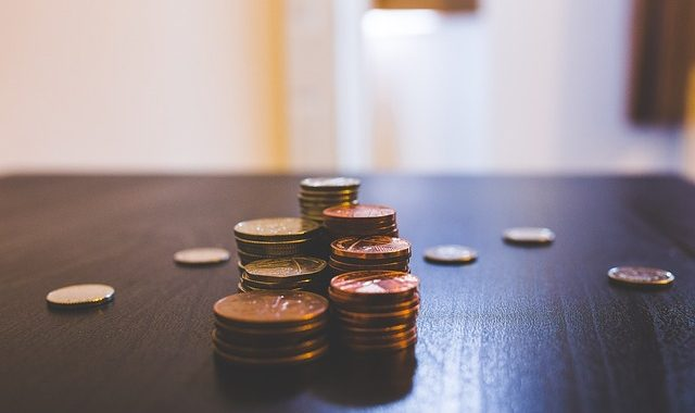 Clever Ways To Reduce Your Monthly Bills