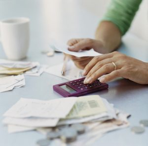 bill_tax_calculator_091312_thinkstock