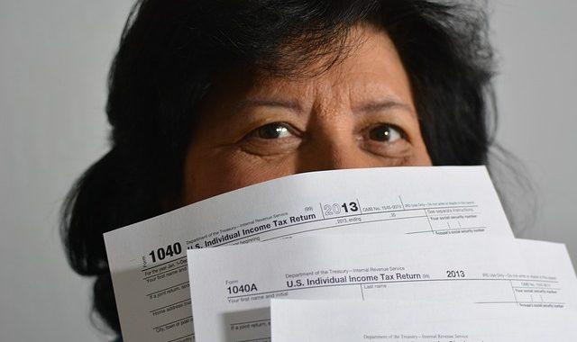 Taxes 806396 640