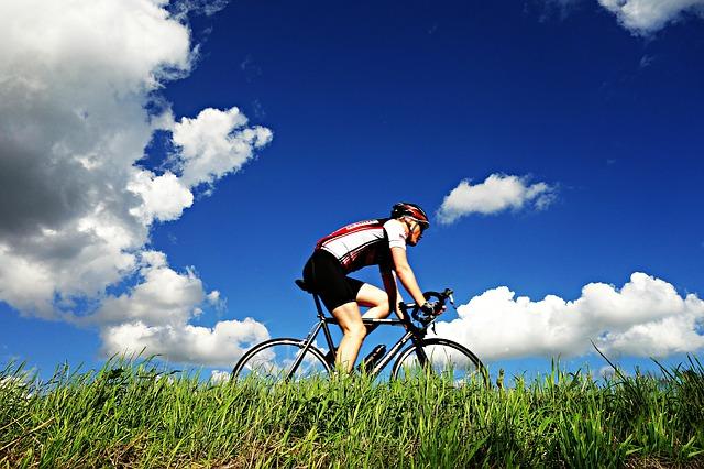 Cyclist 1537843 640