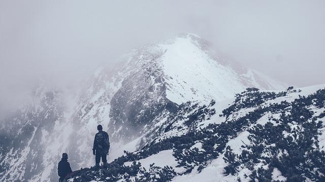 Mountain 690122 640